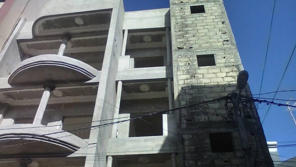Chantier Immeuble R+3 à Ouakam